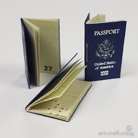 Miniature-Passport-embellishment-USA-3