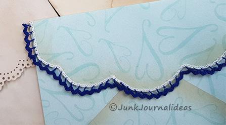 Envelope pattern scalloped flap